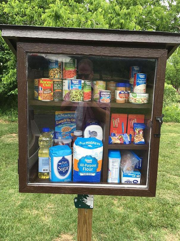 free-little-pantry-feed-homeless-poor-jessica-mcclard-3