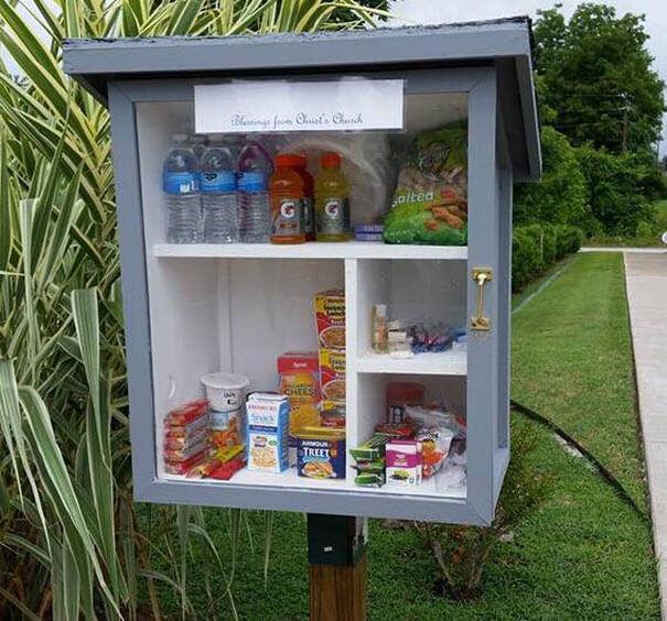 free-little-pantry-feed-homeless-poor-jessica-mcclard-5