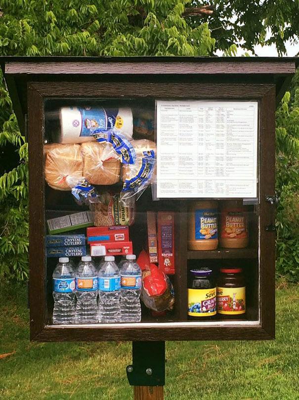 free-little-pantry-feed-homeless-poor-jessica-mcclard-7