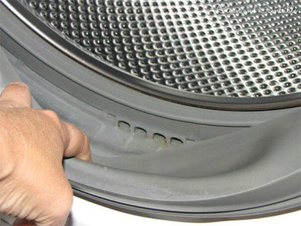 If Your Clothes Smell Like Mildew, DON'T Get A New Washing Machine-02