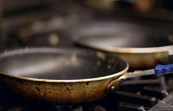 מסוכן לבריאות: 3 כלי בישול רעילים והתחליפים הבטוחים