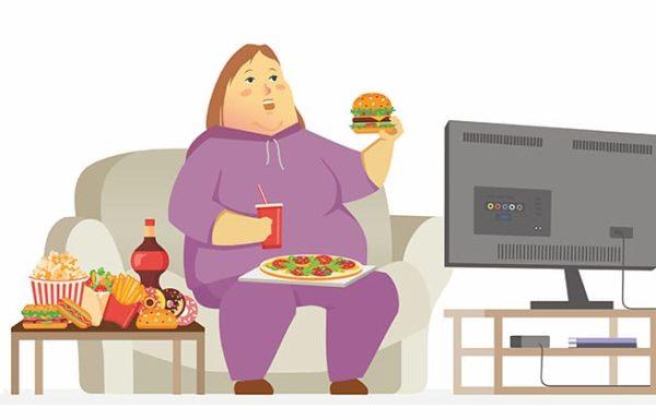 4 דרכים קלות לעצור אכילת יתר בכל זמן נתון