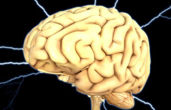 10 הרגלים מסוכנים שפוגעים במוח שלכם