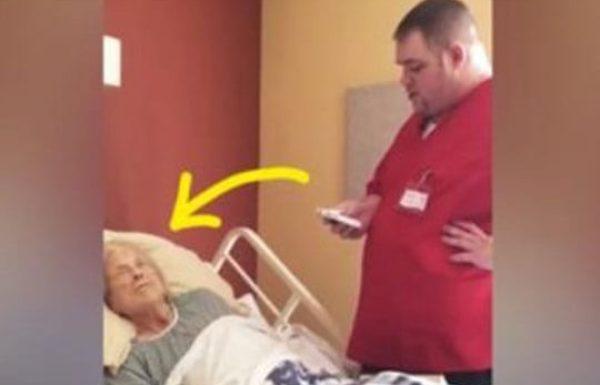 עובד הוספיס נעמד ליד מיטה של אישה גוססת בזמן שישנה וזה מה שהוא עשה